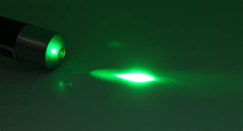 Green Dot W Laser 4 93 5mw 532nm single green dot light laser pointer w clip 2 aaa black at fasttech