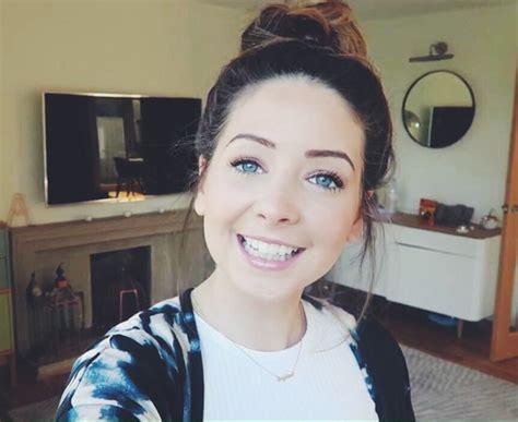 beautiful blue eyes brunette girl selfie zoe image 2794752 by marky on favim com