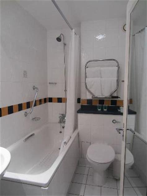 lancaster bathrooms bathroom picture of lancaster gate hotel london