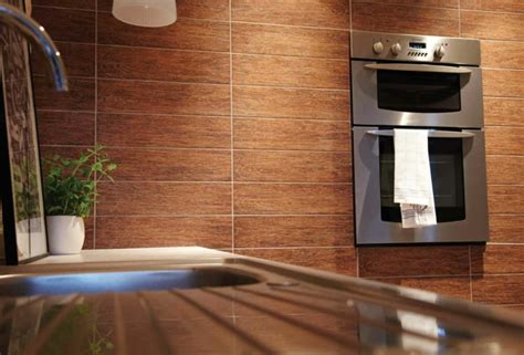 badezimmer baseboard ideen fliesen in holzoptik innovative ideen f 252 r unser zuhause