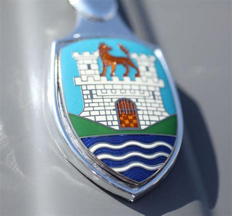 volkswagen wolfsburg emblem vw wolfsburg emblem bing images