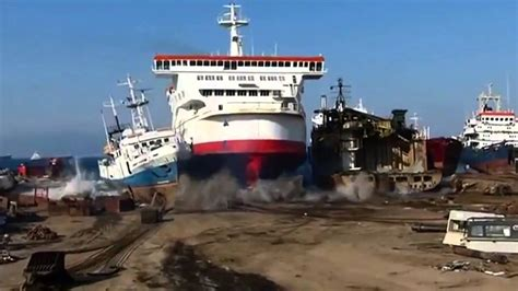 ferry boat docking how to dock a ship like a boss youtube