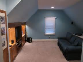 Small Attic Home Theater 1000 Ideas About Attic Room On Finished