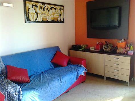 divano e tv divano e tv foto di hotel piccolo mondo montesilvano
