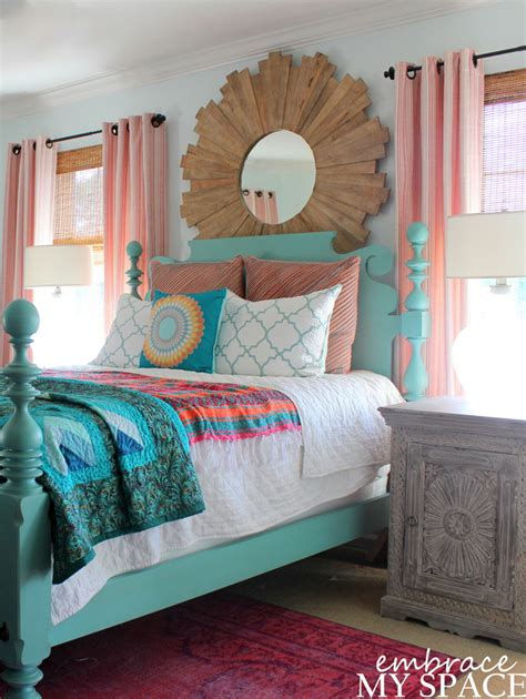 Colorful Master Bedroom by 15 Colorful Master Bedrooms Craft O Maniac