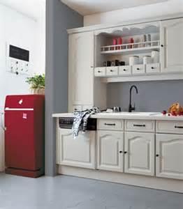 Delightful Repeindre Meuble Cuisine Melamine #10: Cuisine-repeinte-avec-peinture-sans-poncer-renovation-cuisine-V33.jpg