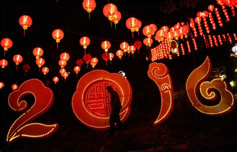 new year 2016 celebration in kuala lumpur lanterns decorate temple to celebrate new year in
