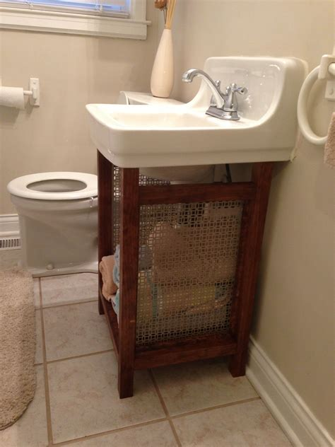 pedestal plumbing hide solution for old wall mounted that is super hard to