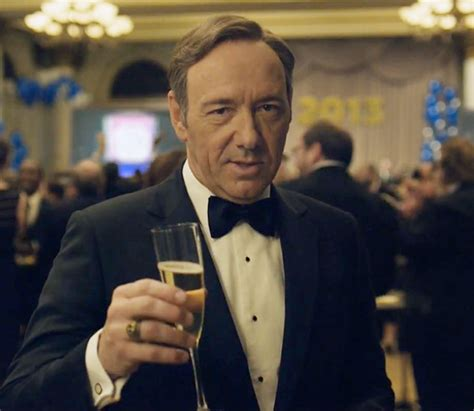 house of cards drinking game play this house of cards season 3 drinking game newnownext