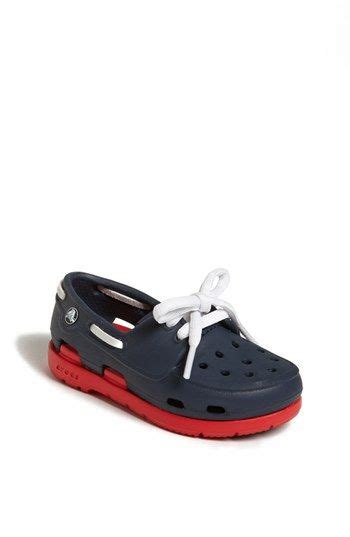 crocs cove boat shoes 17 best images about crocs on pinterest cove flats and