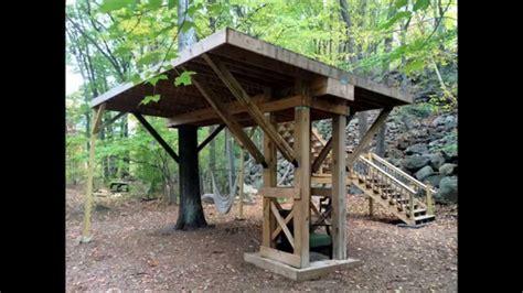 Backyard Treehouse Plans by Building A Treehouse Platform In A Single Oak Tree