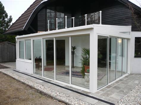 wintergarten holzkonstruktion moderner wintergarten holz und alu f 252 r ihr wohnerlebnis