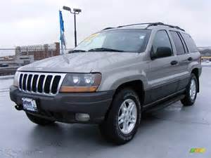 2002 Jeep Laredo 2002 Silverstone Metallic Jeep Grand Laredo 4x4