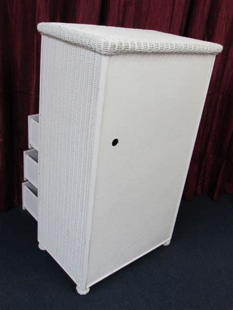 White Wicker Armoire by Lot Detail White Wicker Armoire 30 5 Quot Wide X 50 5 Quot