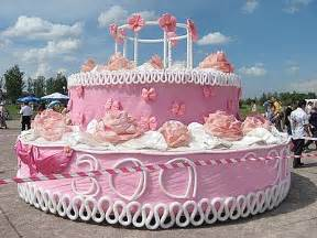 pics for gt biggest birthday cake in the world