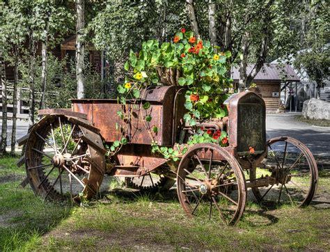 wooden tractor flower planter plans pdf plans