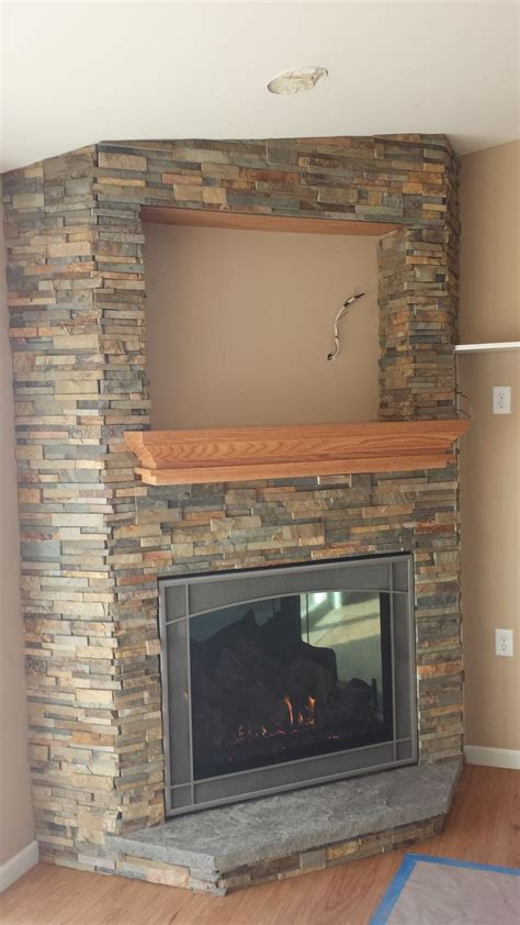 corner stone fireplace 17 beste idee 235 n over corner stone fireplace op pinterest