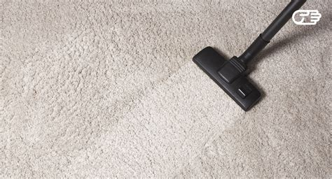 how to vacuum carpet learn the right way to vacuum carpet