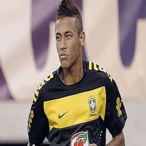 neymar biography amazon neymar da silva santos junior net worth biography