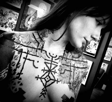chest tattoo ethnic black ethnic lines tattoo best tattoo ideas gallery