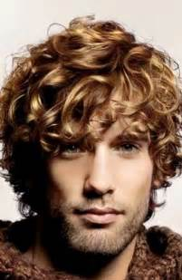 which hair style is suitable for curly hair medium height 7 best mens curly hairstyles mens hairstyles 2017