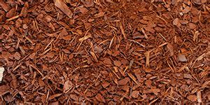 natural mulch vs rubber mulch what type of mulch should i use a side by side comparison van