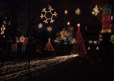 zoolights gives lincoln park zoo a holiday glow