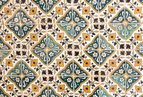 piastrelle tunisine piastrelle tradizionali floreali in tunisia foto stock