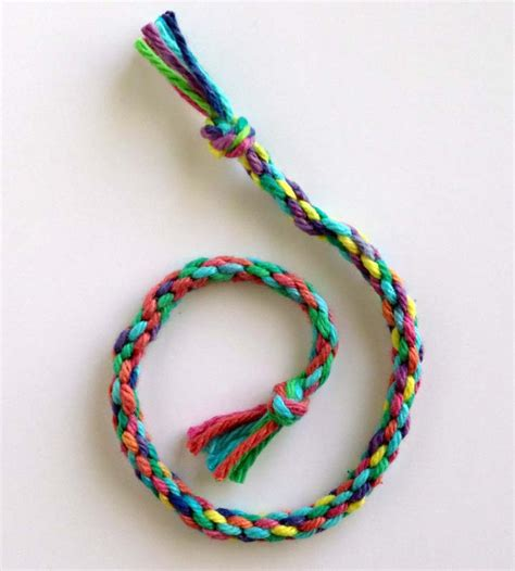 Braid Craft - how to make a braid projects for