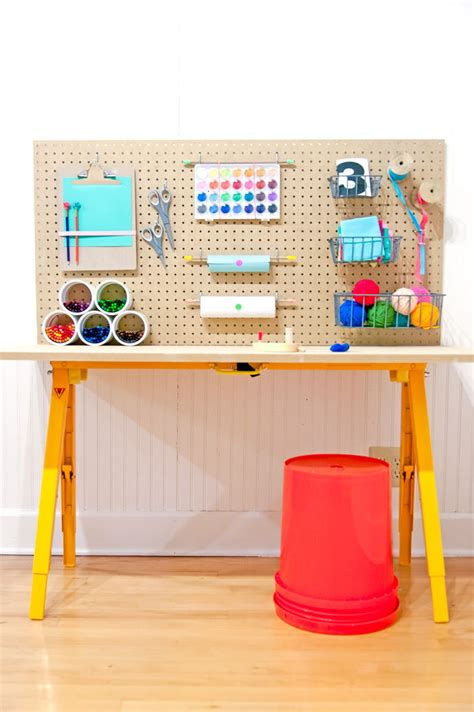 creative diy projects    craft table
