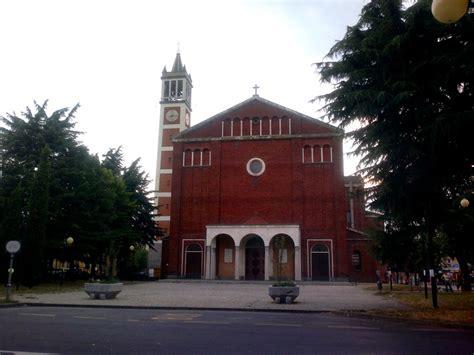 a garbagnate milanese garbagnate milanese garbagnate milanese piazza della chiesa
