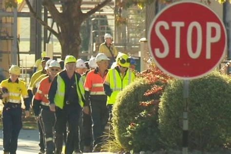 workers overcome by gases at china paper mill seven killed two hurt the rakyat post the albury paper mill gas leak kills two norske skog workers third in critical condition abc news