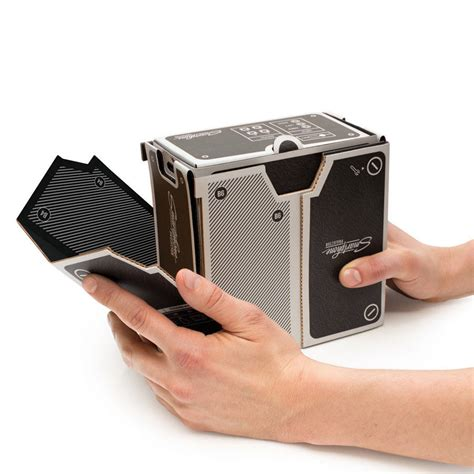 Proyektor Smartphone smartphone projector by luckies notonthehighstreet