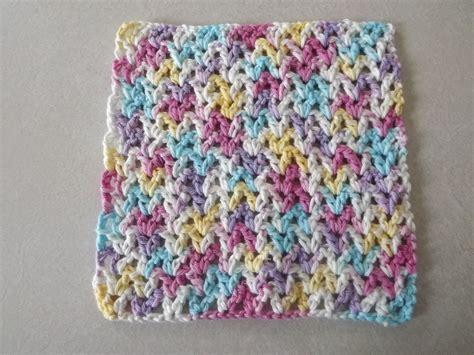 yarn dishcloth pattern v stitch dishcloth the easy to crochet dishcloth pattern