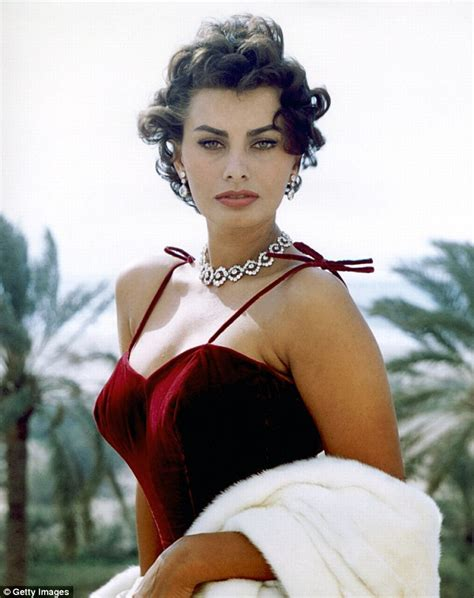 50 most beautiful women in hollywood history sophia loren 81 makes statement at giorgio armani show