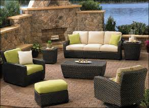 Outdoor Patio Tables Clearance Decorating Ideas For Your Patio And Conservatory Outdoor Living Fireplaces And Furniture