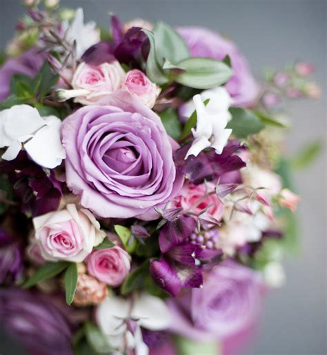 Wedding Bouquet Guide by An Easy Diy Guide On How To Make A Pretty Brooch Wedding