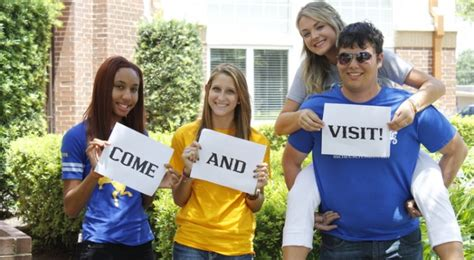 how many students attend state mcneese state louisiana usa college and