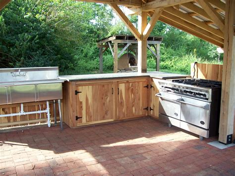 Diy Outdoor Kitchen Cabinets Diy Outdoor Kitchen Build An Outdoor Kitchen Cabinet U Countertop With Sink With Diy Outdoor