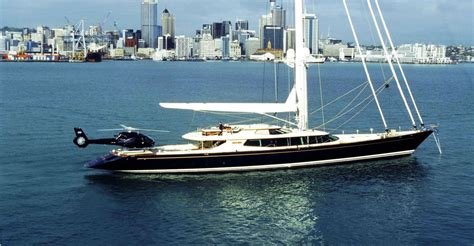luxe zeiljacht tiara superyachts news luxury yachts charter yachts