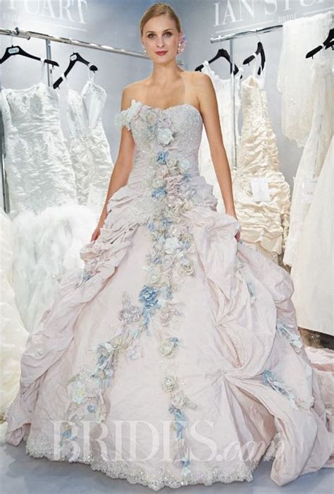 Ian Stewart Wedding Gowns by 25 Best Ideas About Ian Stuart On Ian Stuart