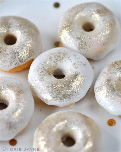 Donat Gold gluten free mint choc chip doughnut recipe gold glitter