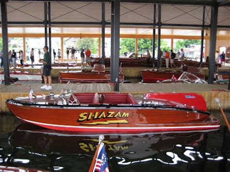 sides of the boat names put your boat name on the side classic boats woody boater