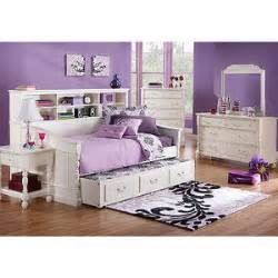rooms to go kid 3 pc daybed bedroom rooms to go bedroo polyvore