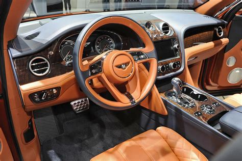 orange bentley interior bentley bentayga interior 1 periodismo del motor