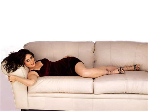 Kareena Kapoor On Sofa Hot Photos Popopics Com