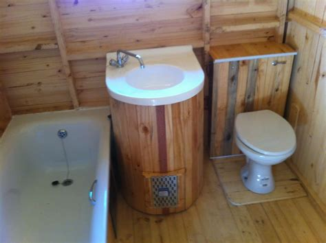 relaxshacks com twelve quot damn fabulous quot tiny house cabin toilets in house 28 images 10 things that are germier