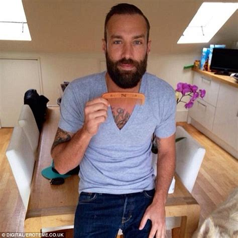 Looks Like Calum Best Is A Coke by Use Dating App Tinder To Try To Find