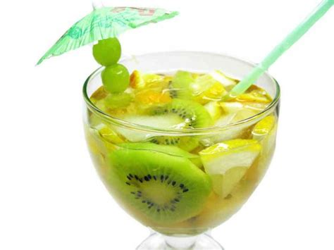 Detox Water Kiwi by Top 15 Detox Drinks For A Maximum Weight Loss In The