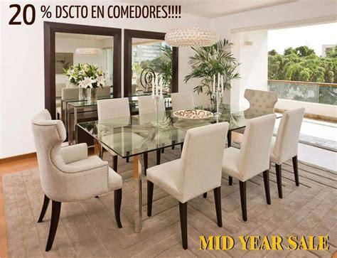 comedor sillas beige  espejos mesa de vidrio